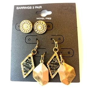 ⭐️2/$12 3 pairs antique gold-tone EARRINGS
